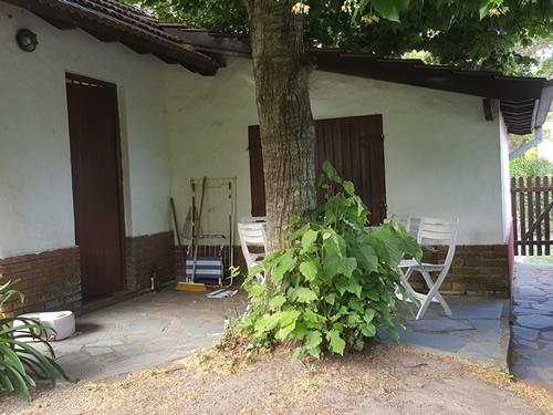 Chalet en barrio privado, Chalet de 4 ambientes  en Venta Código [ CHA-VG-V-0202 ]