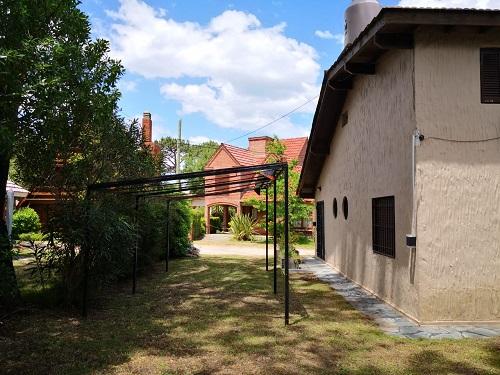Barrio Privado Hipocampo, Chalet de 4 ambientes  en Venta Código [ CHA-VG-V-0274 ]