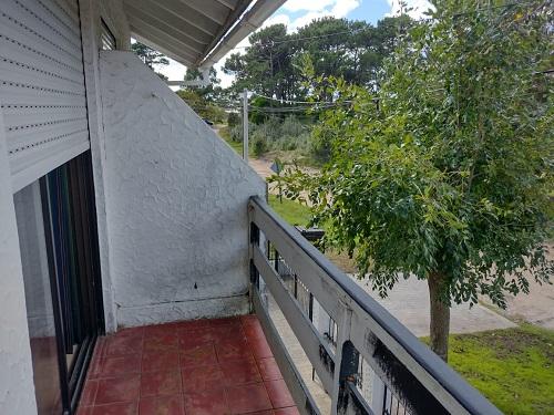 Avenida 8 entre Paseos 143 y 144, Duplex de 3 ambientes  en Venta Código [ DUP-VG-V-0433 ]