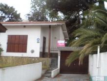 Chalet Casa en Paseo 136 entre Av. 3 y 4 en Villa Gesell, zona Sur